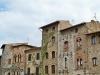 San Gimignano, rampicante in condivisione Piazza cisterna
