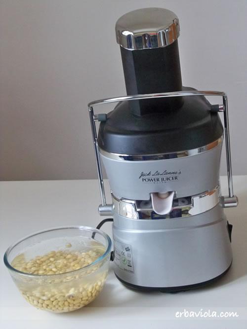centrifuga e fagioli di soia