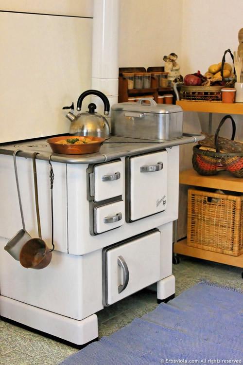 cucina a legna - erbaviola