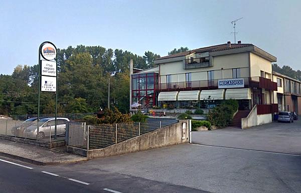 Il grande negozio Mercatopoli di Fontanellato, PR