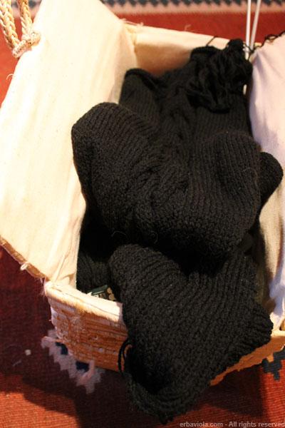 maglione twin set nero in corso d'opera erbaviola.com
