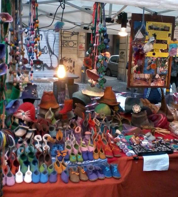 Stand ecovillaggio campanara - erbaviola.com